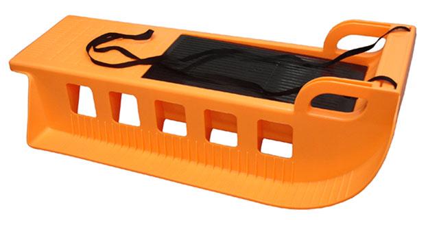 Acra Kamzík plastové sáně A2043 oranžové